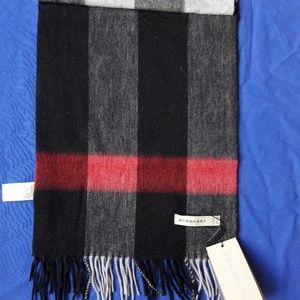 BURBERRY WOMEN`S GREY RED SCARF